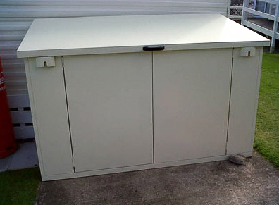 7 x 4 metal shed for caravan site storage asgard. Black Bedroom Furniture Sets. Home Design Ideas