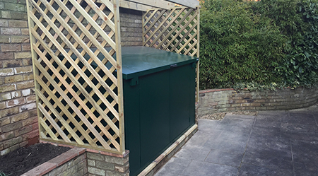 Access metal bike shed