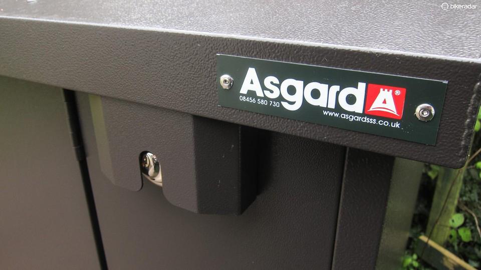 Asgard bike storage with lift up lid