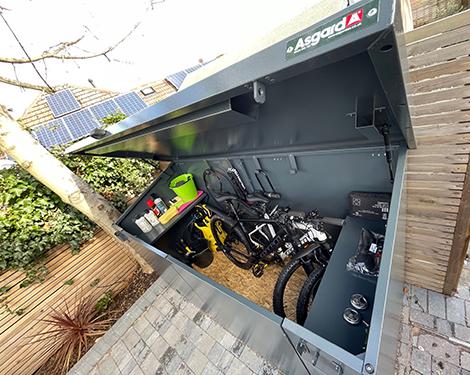 Inside Matt DiAngelo bike safe