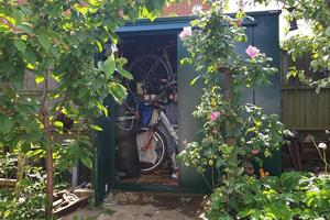 Garden storage and bike shed