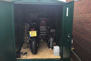 Motorcycle Garages with Metal Floors