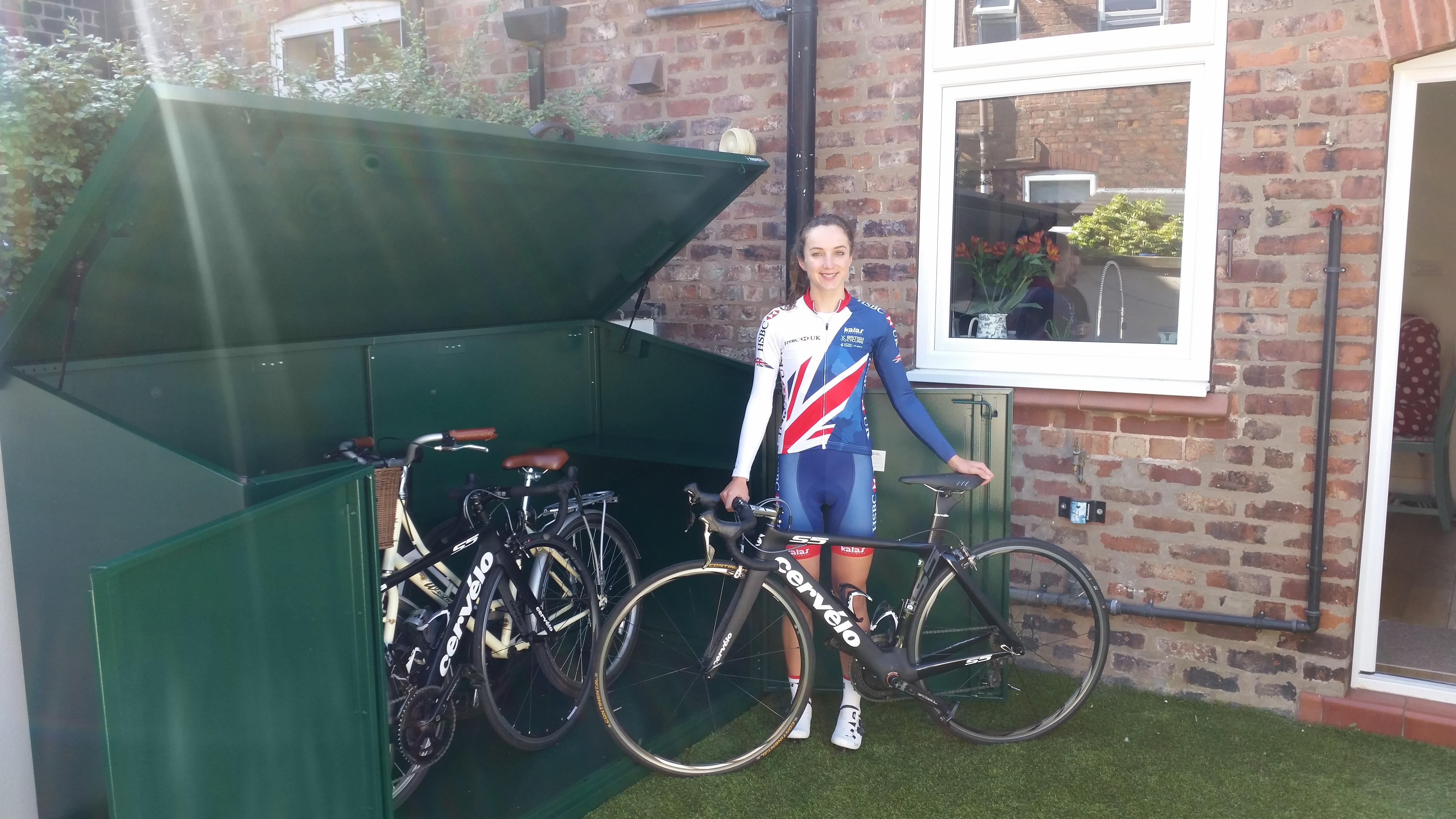 Elinor Barker Team GB Kit & Asgard Bike Shed