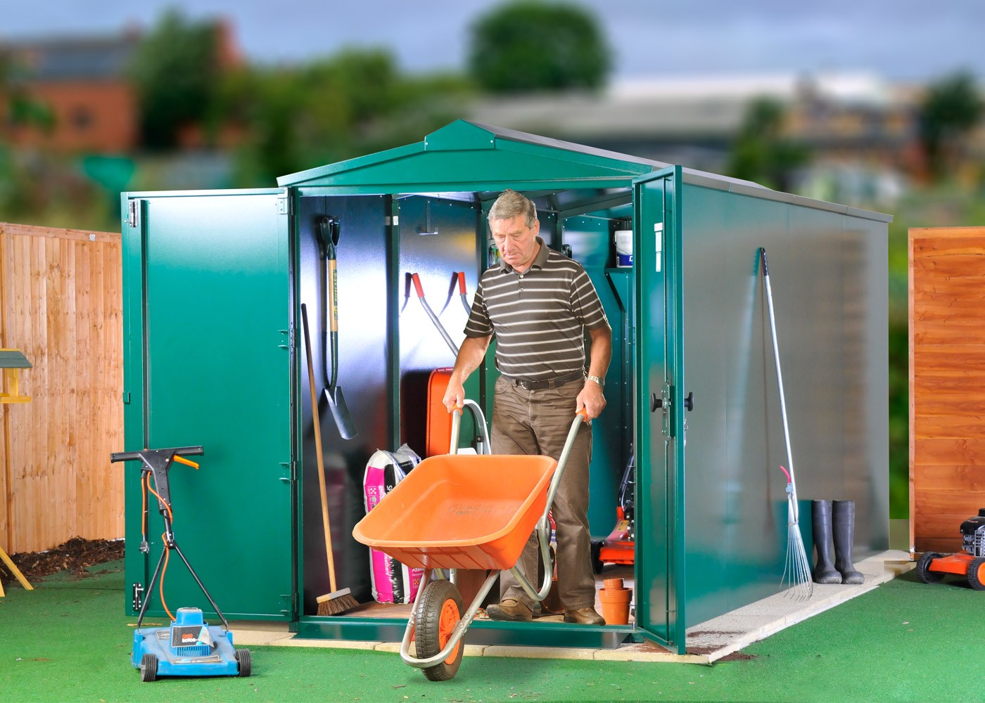 Metal shed plus 2 extension packs
