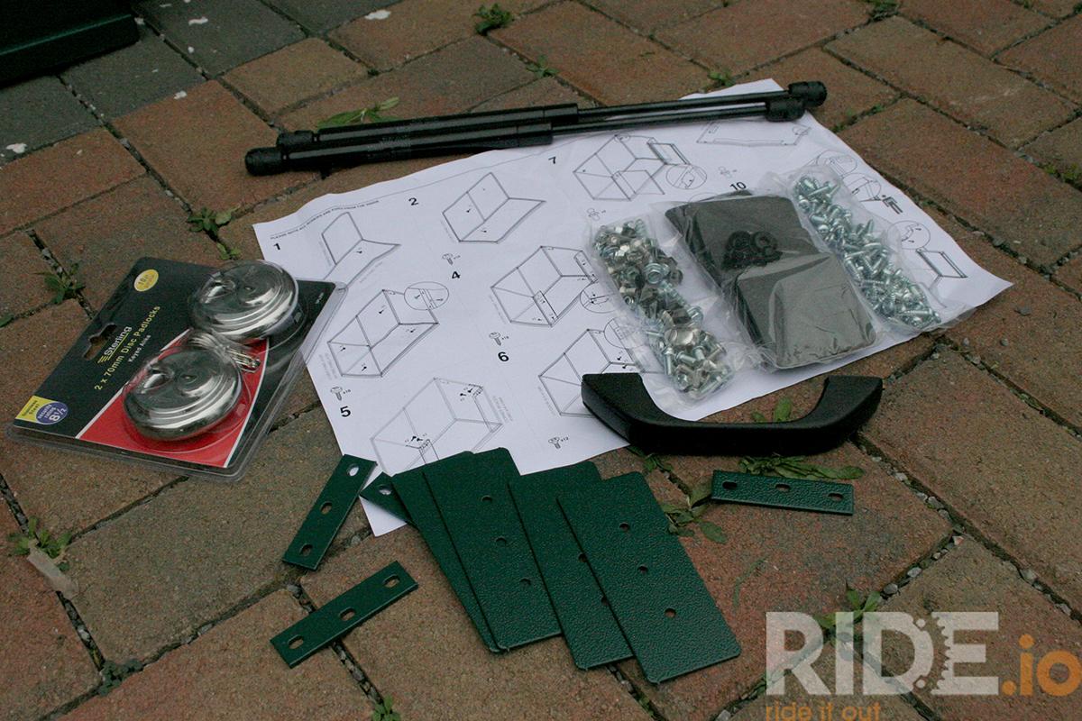 Fixing kit for Asgard metalshed